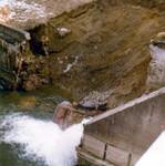 Die Wehranlage der 'Zentrale' an der Feistritz nach dem Rückgang des Hochwassers im Jahre 1974/75.